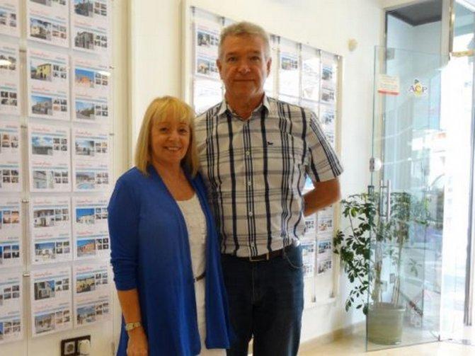 Patricia and Ian Hobson